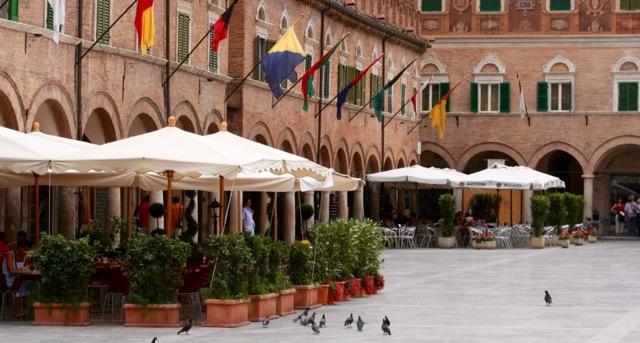 Piazza del Popolo (The People's Square), Ascoli Piceno