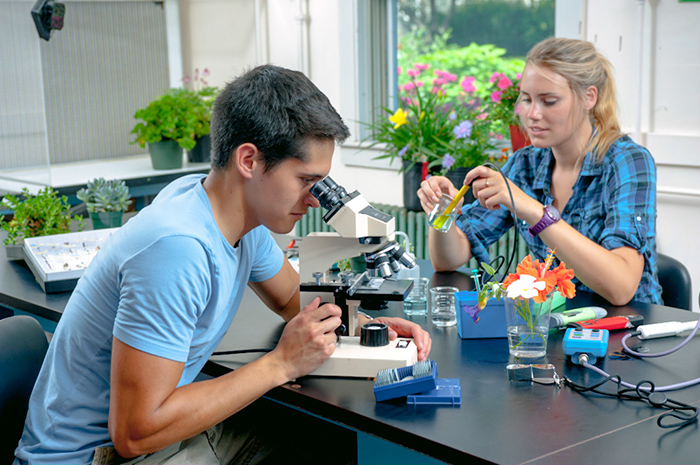 students in horticulture class