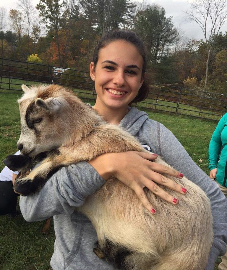 UNH Veterinary Technology student Madysen Delosh