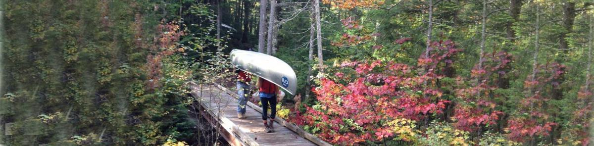 MEFB Students going to Saywer Pond with Canoe