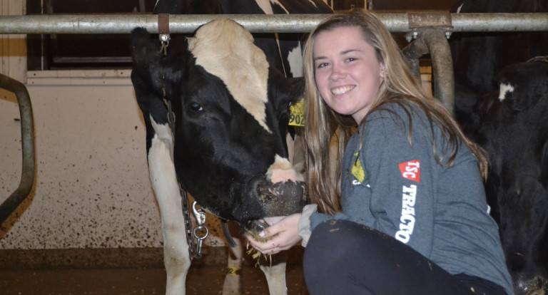 UNH Applied Animal Science major Kaitlyn LeClair '19
