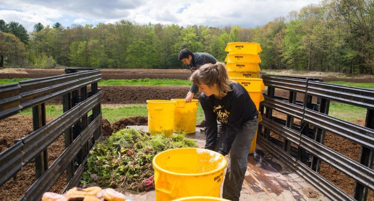 Composting at UNH