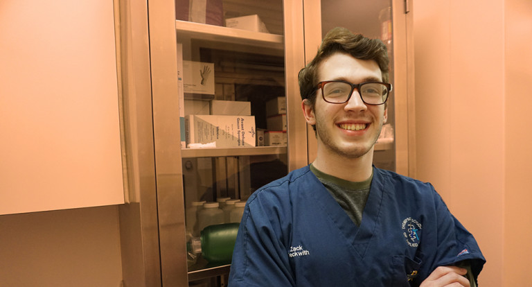 UNH Veterinary Technology student Zach Beckwith